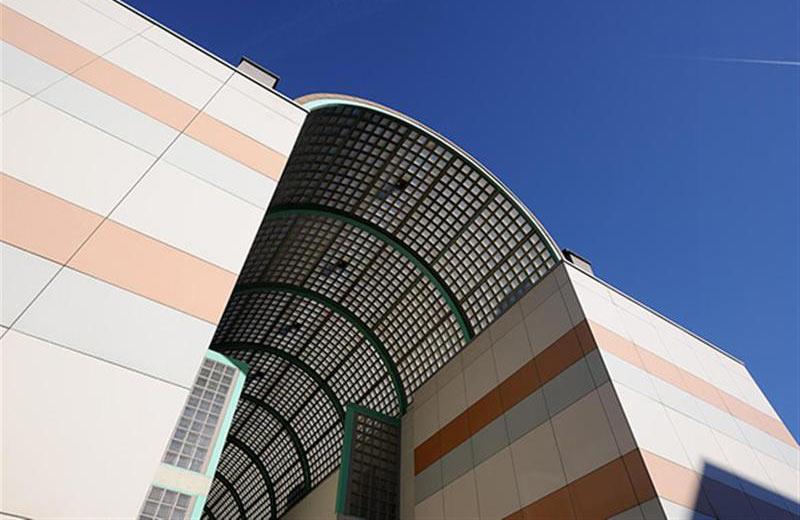 IPES, Istituto per l'Edilizia Sociale - Bolzano, Italy   Santamargherita Ventilated Walls